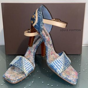 Louis Vuitton RARE Sandals from Rome Italy Size 37